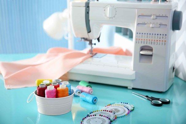 Come aggiustare una macchina da cucire